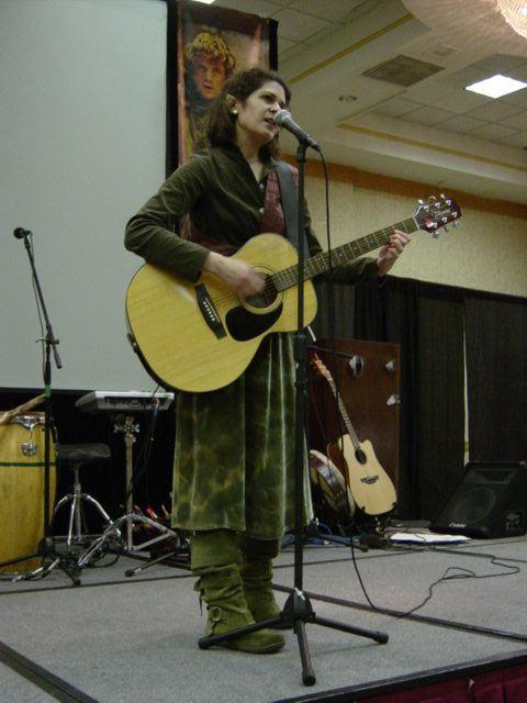 Anna of Mirkwoodside on stage at ELF, July 29, 2006